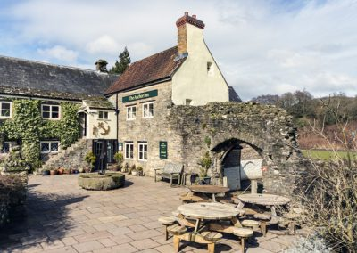 Sunny tables to drink and eat out in the Wye Valley